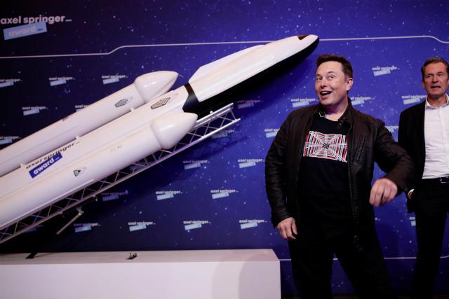 """Elon Musk(direktor tvrtke)Tržište kriptovaluta oscilira s """"Elonom Muskom""""!!"""