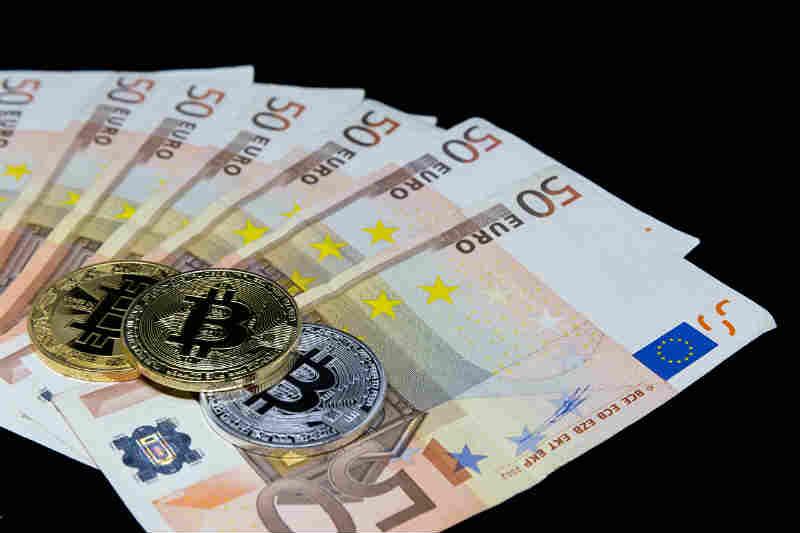 Финансиско кралство Швајцарија Швајцарските банки со финансиски корени веќе се префрлаат на ерата на биткоини Дел 1